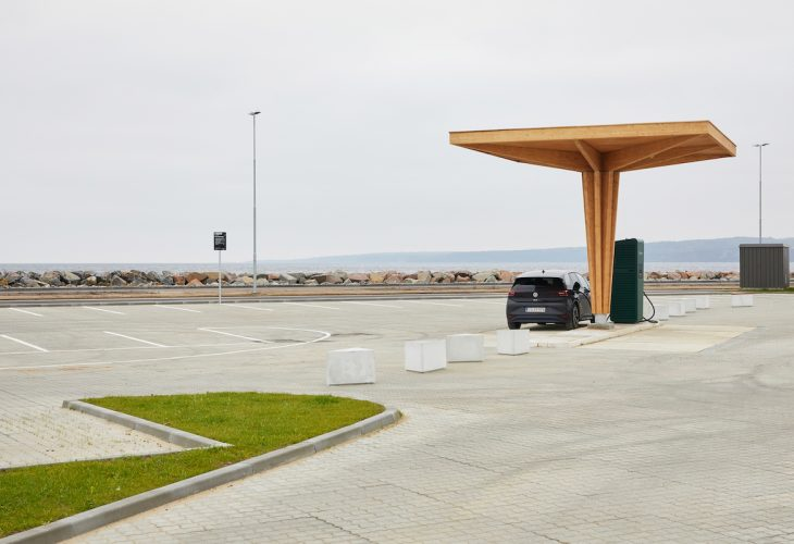 EV charging station in Denmark out of glulam by ZAZA TIMBER Construction.