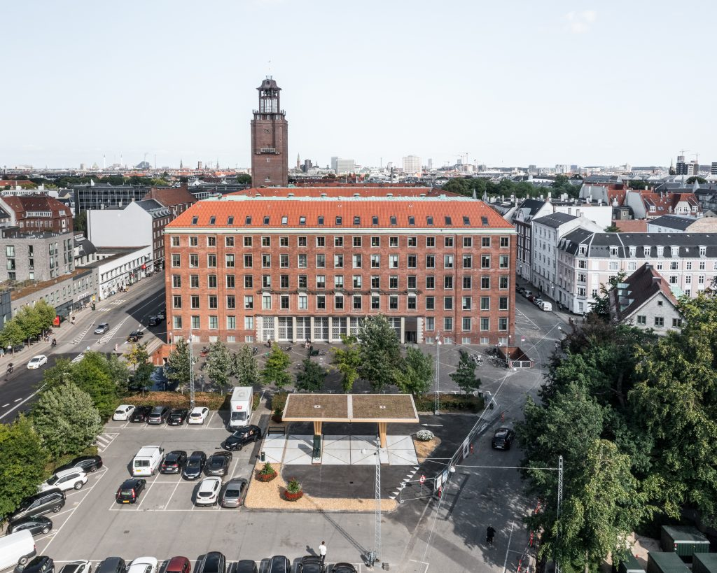 EV charging station in Frederiksberg, Copenhagen. Glulam structure manufacturing and construction by ZAZA TIMBER.